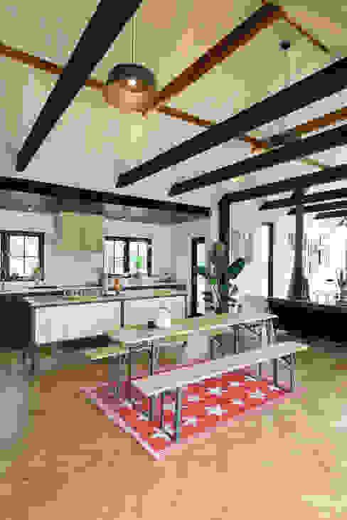 The Kent Kitchen by deVOL by deVOL Kitchens Rustic Wood Wood effect