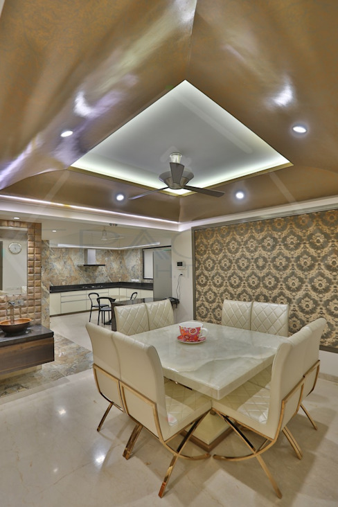 CAPITAL GREEN - 1 Asian style dining room by SPACCE INTERIORS Asian