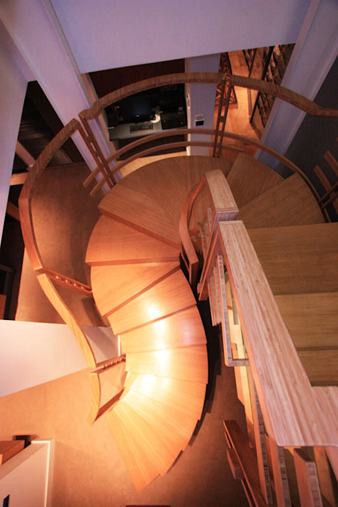 Bamboo Staircase homify Corridor, hallway & stairs Stairs Bamboo