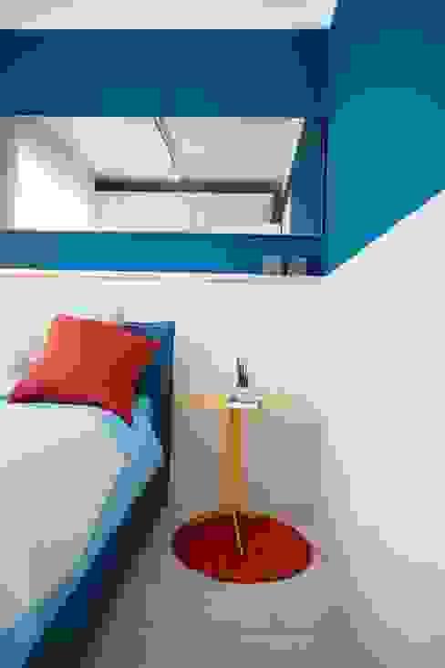 Marianna Porcellato Porvett Eklektik Yatak Odası Masif Ahşap Mavi