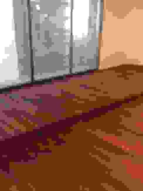 Natura Pisos y Home S.A de C.V Modern dining room Wood Wood effect