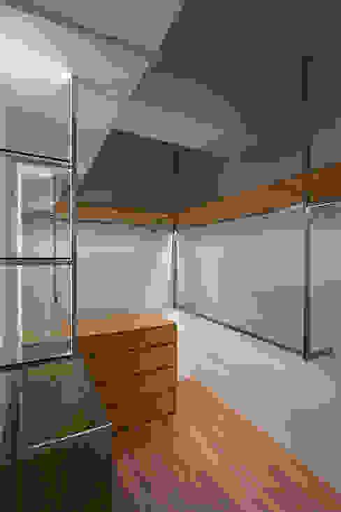 โดย 好家空間設計工作室 สแกนดิเนเวียน