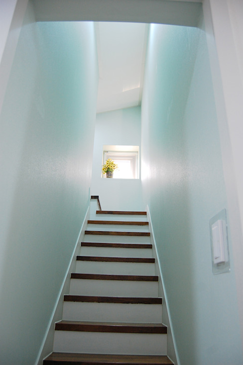 다담하우스_부천시 소사구 범박동 207-6 다가구주택 AAG architecten 모던스타일 벽지 & 바닥