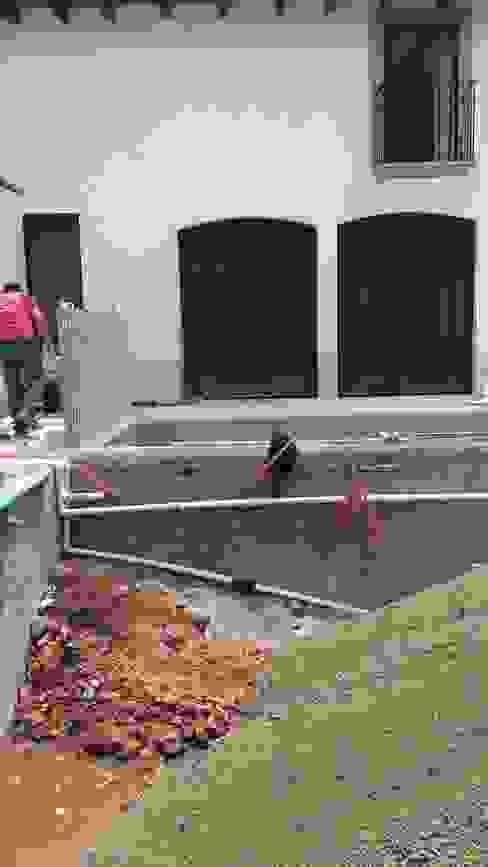 Kolam Renang oleh Albercas Aqualim Toluca, Modern Beton
