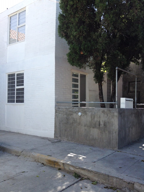 Casas de estilo minimalista de Arquitectura Para Todos Minimalista