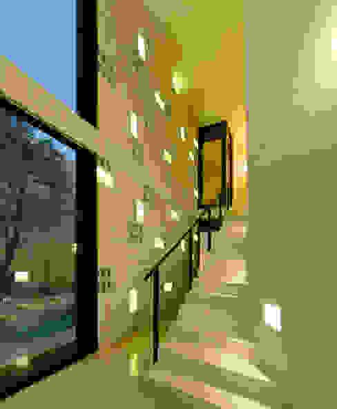 modern  oleh Taller Estilo Arquitectura, Modern