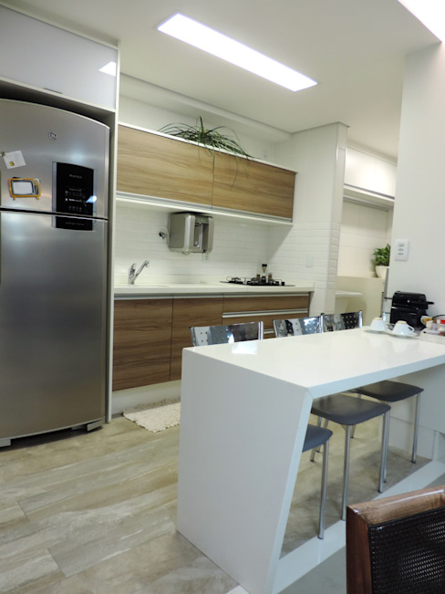 Modern kitchen by Escritório 238 Arquitetura Modern