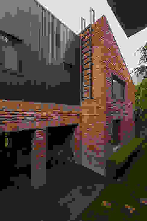 Casa AR Casas estilo moderno: ideas, arquitectura e imágenes de ARCO Arquitectura Contemporánea Moderno