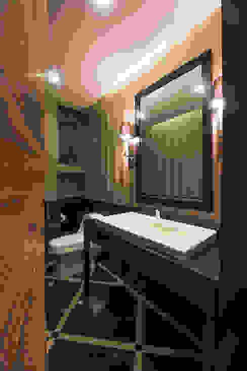 Bathroom by ARCO Arquitectura Contemporánea ,