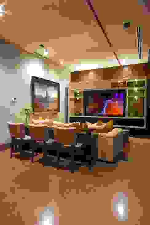 SALA DE TV Rousseau Arquitectos Salas multimedia de estilo moderno