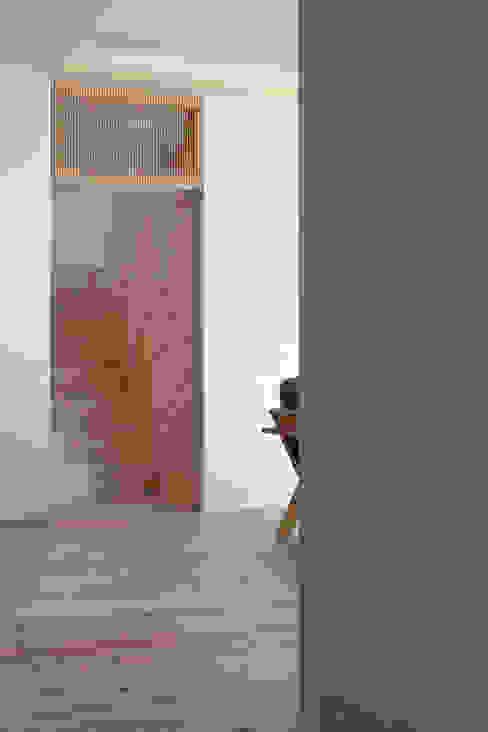 五藤久佳デザインオフィス有限会社 Eclectic style dining room