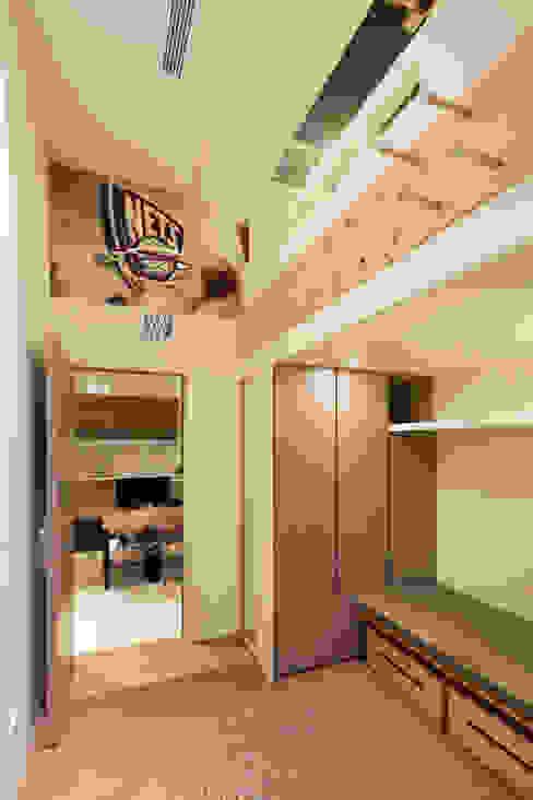 士林陳宅 Modern houses by 四一室內裝修有限公司 Modern