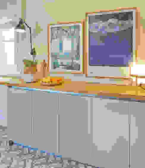 Dapur Modern Oleh THE ROOM & CO interiorismo Modern