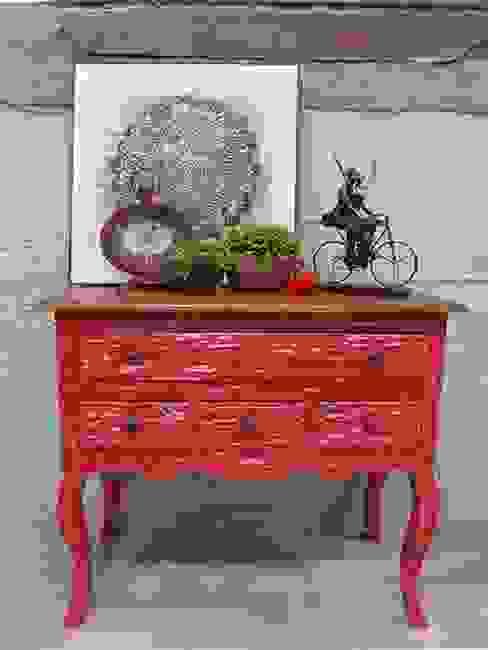 Eskitme Kırmızı Konsol (CON86-RED) N'CREA Home İç Dekorasyon