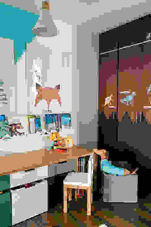 Cuarto de Sofia y Matias: Habitaciones infantiles de estilo  por Little One, Moderno