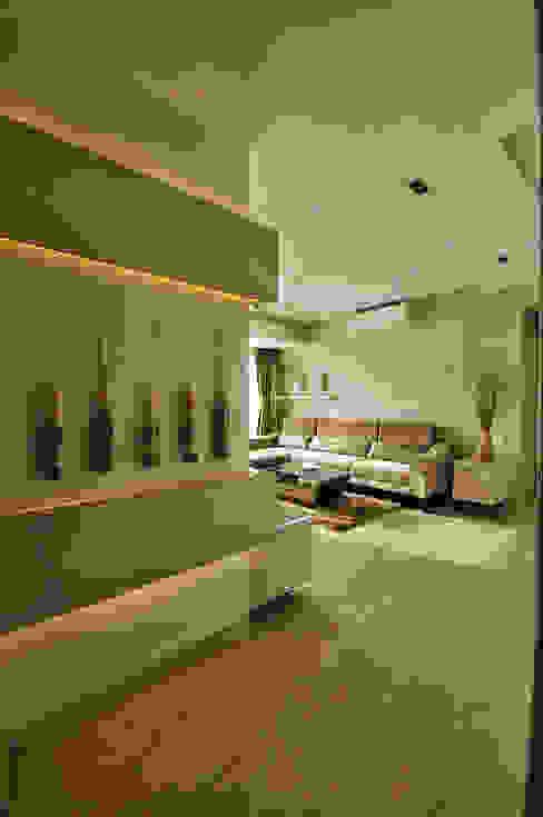 Apartment in Bandra Minimalist living room by Karyam Designs Minimalist Marble