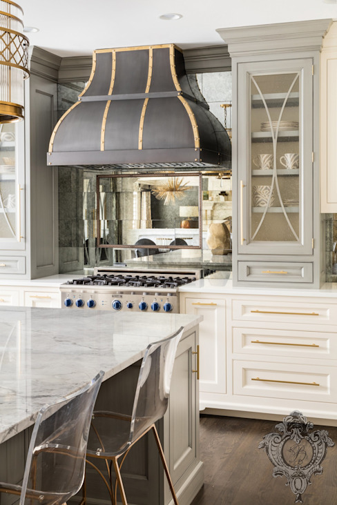 Dash of Gold Modern Kitchen by Kellie Burke Interiors Modern