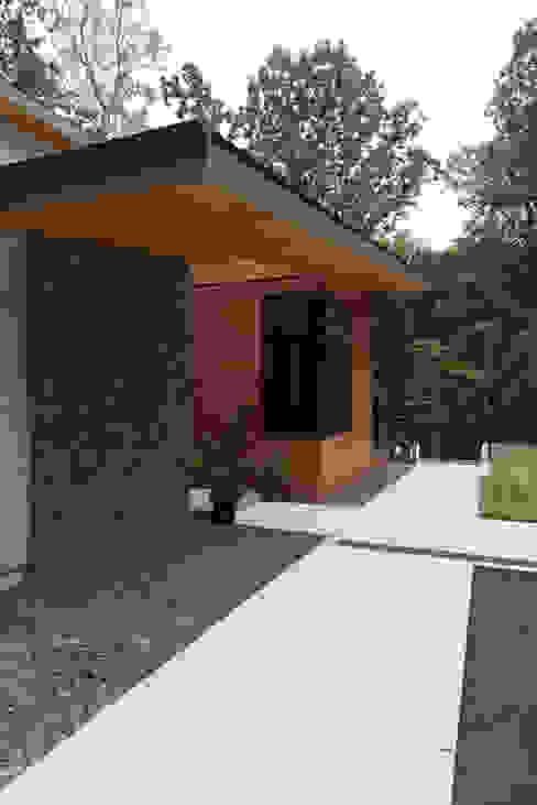 Casas modernas por ARCHI-TEXTUAL, PLLC Moderno