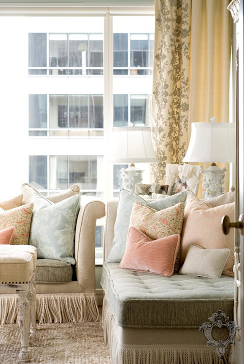 Living Room by Kellie Burke Interiors Classic