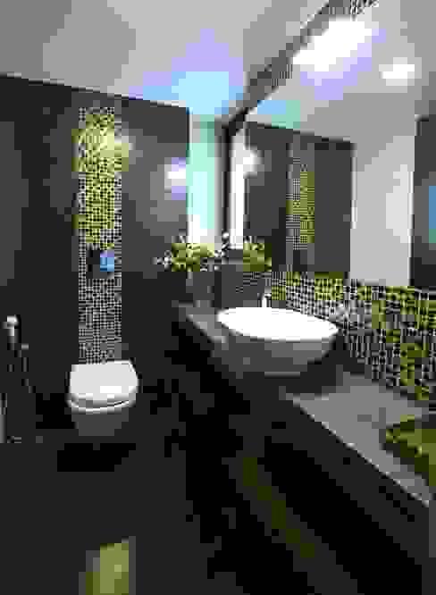 Guest Bedroom - Toilet Modern bathroom by Space Trend Modern
