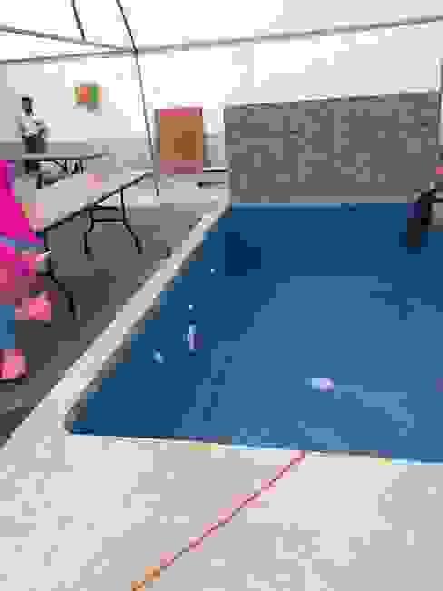 Garden Pool by Albercas Aqualim Toluca, Modern Concrete