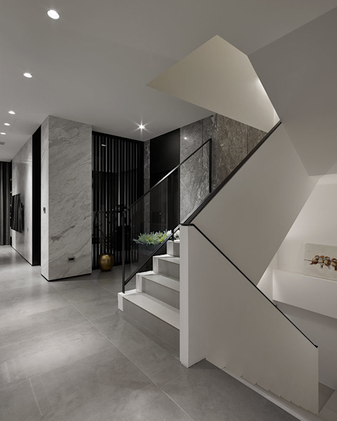 House D 鄧宅 現代風玄關、走廊與階梯 根據 構築設計 現代風