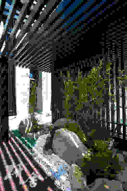 桃園-定泰翫寶景觀設計 根據 研舍設計股份有限公司 現代風
