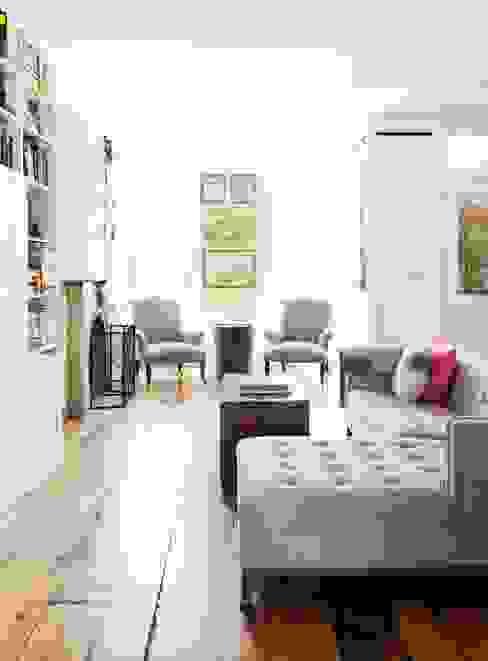 Best Living Space - Professional Lorraine Bonaventura Remodelista Design Awards -WINNER 2017 Remodelista.com Modern Living Room by Lorraine Bonaventura Architect Modern