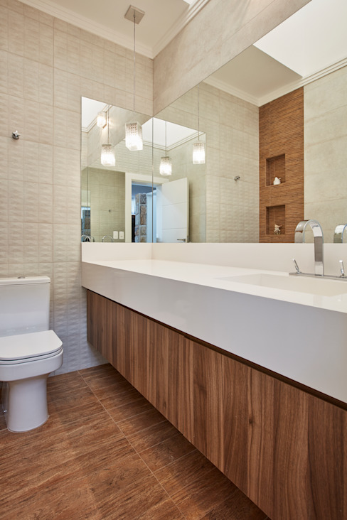 Modern bathroom by grupo pr | arquitetura e design Modern