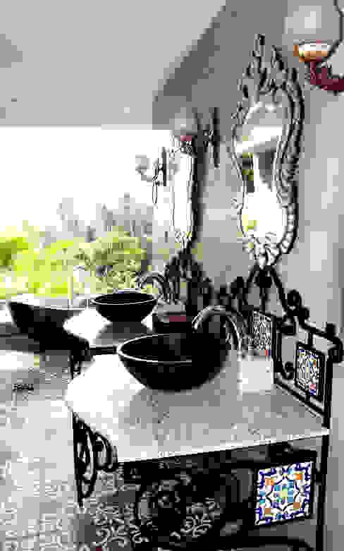 حمام تنفيذ Credenza Interior Design,