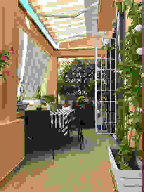 Balcon, Veranda & Terrasse modernes par EMC2Architetti Moderne