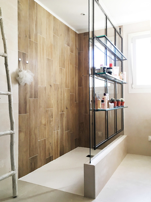 B.Inside Industrial style bathroom Wood Beige