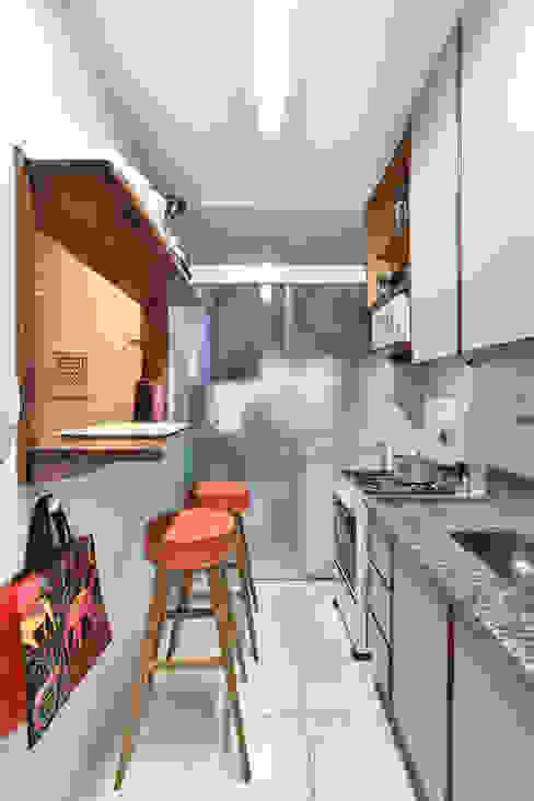 Modern Living Room by Move Móvel Criação de Mobiliário Modern