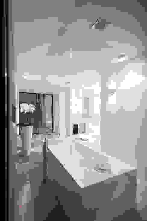 Schmid Schreinerei GmbH & Co. KG BathroomBathtubs & showers