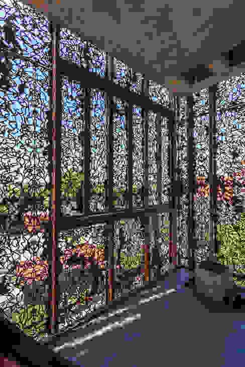 Modern balcony, veranda & terrace by Ciudad y Arquitectura Modern