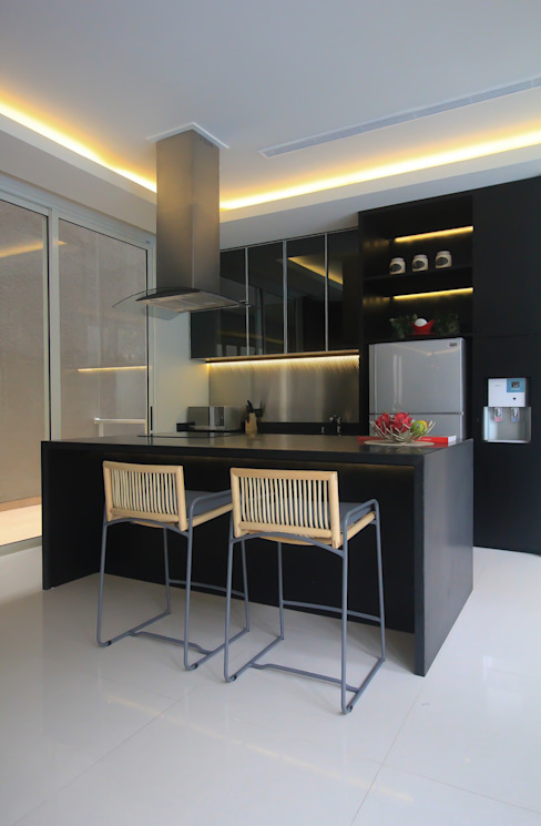 SL RESIDENCE Ruang Makan Tropis Oleh ALIGN architecture interior & design Tropis