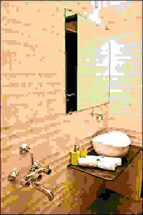 La tierra,Pune Modern bathroom by H interior Design Modern