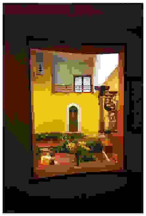 Sandarbh Design Studio Eclectic corridor, hallway & stairs