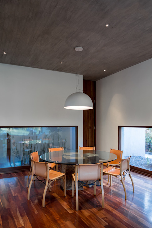 Dining room by Dx Arquitectos