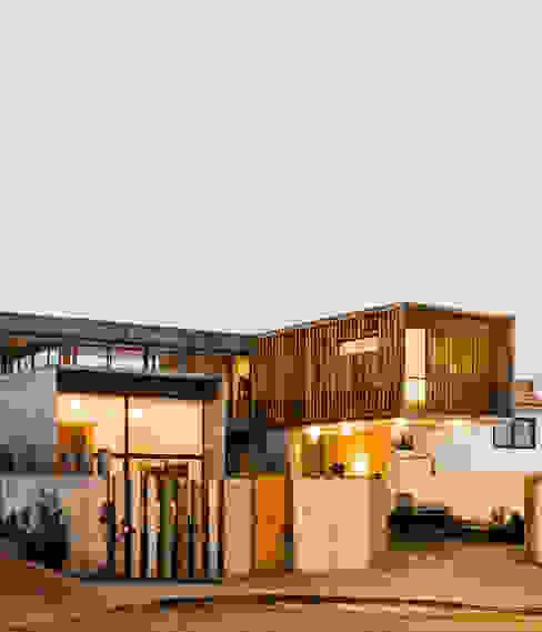 Casa Jardines del Sur : Casas de estilo  por Dx Arquitectos