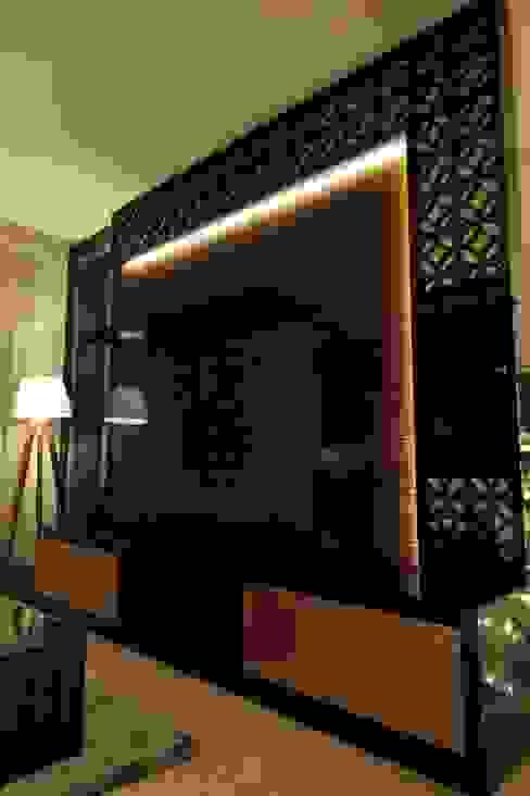 bởi Kottagaris interior design consultant Hiện đại