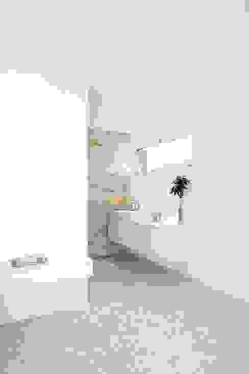 modernes Badezimmer Moderne Badezimmer von wir leben haus - Bauunternehmen in Bayern Modern