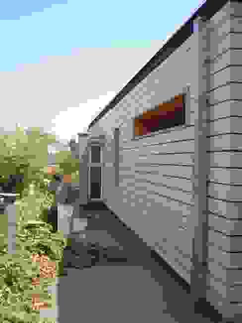 [ER+] Arquitectura y Construcción Paredes y pisos de estilo moderno