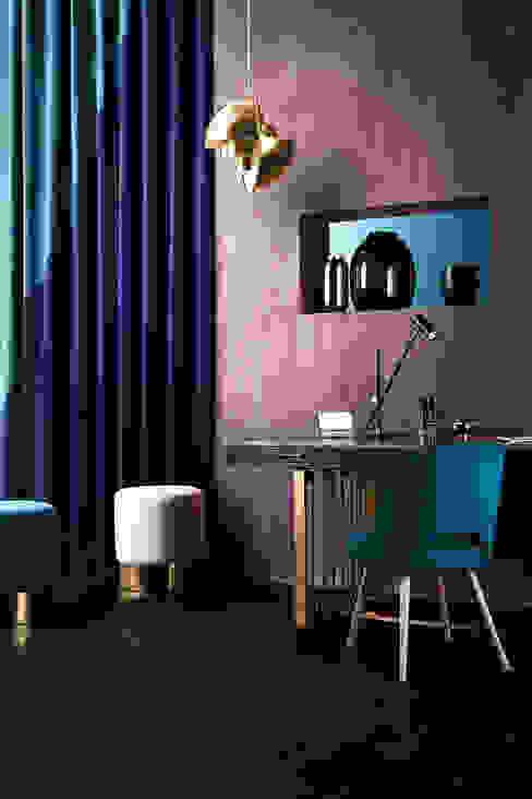 Mut zur Farbe Wohnwiese Jette Schlund Ausgefallene Arbeitszimmer Massivholz Lila/Violett