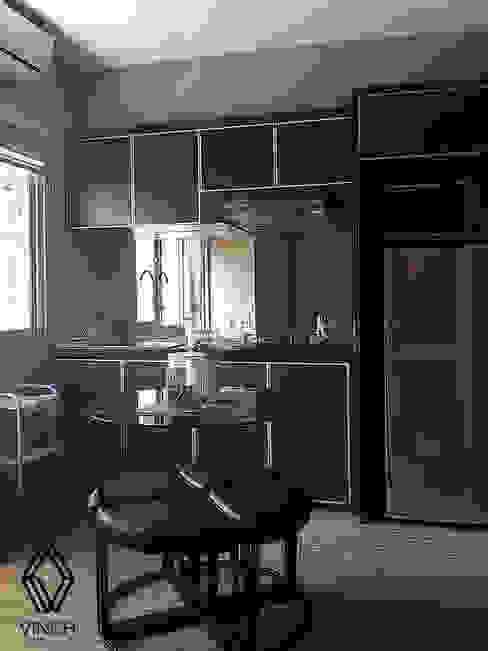 مطبخ ذو قطع مدمجة تنفيذ Vinch Interior,