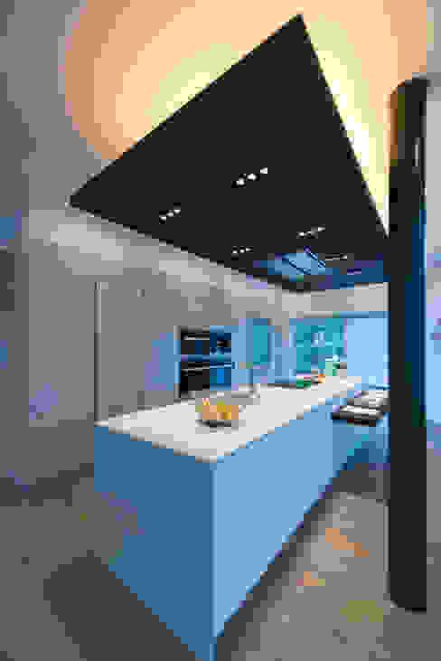 Bethesda Renovation/Addition by ARCHI-TEXTUAL, PLLC Modern