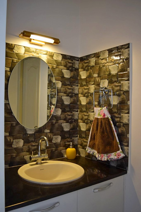 L&T South city, 3 BHK - Mr. Sundaresh Mediterranean style bathroom by DECOR DREAMS Mediterranean