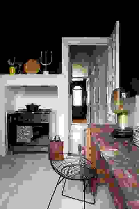 Muebles de cocinas de estilo  por FORM MAKERS interior - concept - design, Ecléctico Madera Acabado en madera