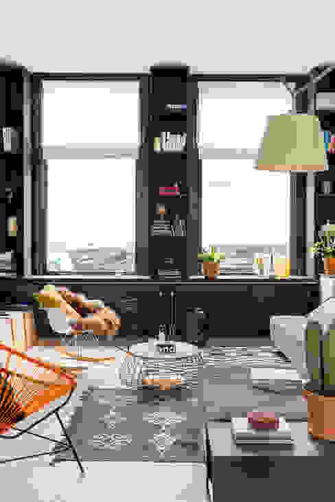 Salon original par FORM MAKERS interior - concept - design Éclectique MDF