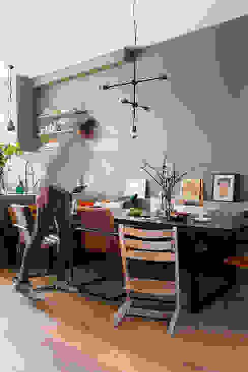 Eetkamer Eclectische eetkamers van FORM MAKERS interior - concept - design Eclectisch Massief hout Bont